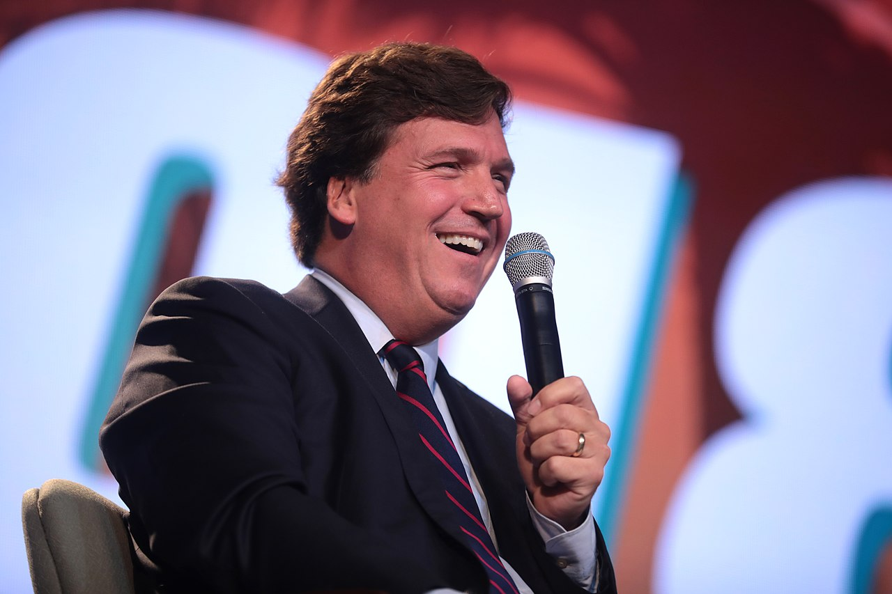 Count 'Em! 1,500 Rabbis Come to Tucker Carlson's Defense